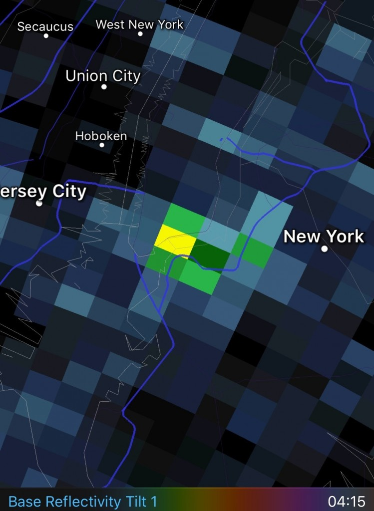 Radar map shows a high density of birds (indicated by green and yellow areas) over the Tribute in Light at 4:15 a.m., just before we asked the lights be turned off at 4:20 a.m.
